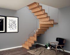 Aira è la scala a sbalzo in legno realizzata da Rintal che unisce solidità e leggerezza visiva.