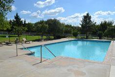 Cascata Falls community pool