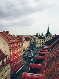 All about my recent city date in Graz, Austria! Where a local boy took me for a good time and the best sightseeing in the second largest Austrian city. Innsbruck, Salzburg, Visit Austria, Austria Travel, Cool Places To Visit, Places To Travel, Places To Go, Graz Austria, Hallstatt