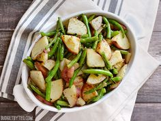 Skillet Potatoes and Green Beans - Budget BytesSkillet Potatoes and Green Beans - Budget Bytes #vegan #vegetairan #glutenfree