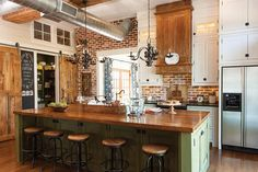 5 Vibrant Cool Tips: Tan Marble Backsplash traditional herringbone backsplash.Farmhouse Backsplash Tile herringbone backsplash with granite. Green Kitchen Island, Green Kitchen Cabinets, Kitchen Dining, Cozy Kitchen, Kitchen Colors, Kitchen Decor, Brick Tile Backsplash, Backsplash With Dark Cabinets, Rustic Backsplash
