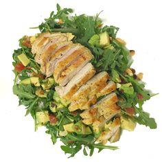 Parisielle Lifestyle: Salade de roquette, papaye, avocat, amandes effilées, et poulet curry