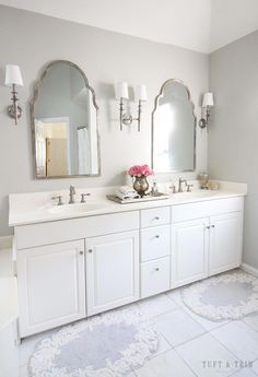 DIY and inspiring a few ideas for modern main bathrooms and bathrooms. Ideas likewise incorporate master bathroom decoratingations bathroom home decor, bathroom storage, master bathroom organization, master bathroom tile, bathroom mirrors, master bathroom counters, master bathroom cabinets, bathroom tile, tubs, showers, bathroom remodel, master bathroom makeover. Styles include Modern, Mid-century Modern, Eclectic, Scandinavian, and Minimalist. #luxuryBathroom Bathroom Renos, Bathroom Storage, Bathroom Interior, Small Bathroom, Bathroom Ideas, Vanity Bathroom, Bathroom Cabinets, White Master Bathroom, Shower Bathroom