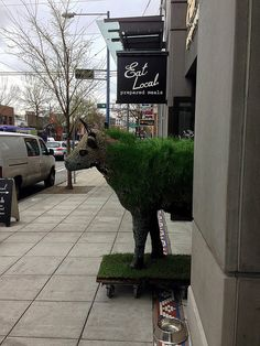 "2014 YIP - Day 92: The ""Eat Local"" greeter"