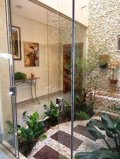 Home Design Ideas Balcony Garden, Indoor Garden, Home And Garden, Interior Garden, Home Interior Design, Inside Garden, Small Courtyards, Future House, Beautiful Homes
