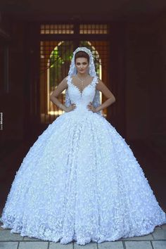 There are wedding dresses, and then there are the BEST wedding dresses. Fashion wedding gowns from the most popular bridal designers here. Wedding Dress Trends, Best Wedding Dresses, Wedding Gowns, Wedding Styles, Wedding Shoot, Wedding Ideas, Bridal Skirts, Bride Gowns, Bridal Fashion Week