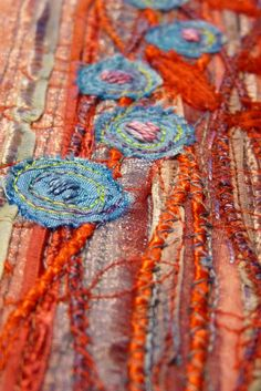 textile panel - detail would great used for mug rugs or thru quilt squares with fabric slashing Art Fibres Textiles, Textile Fiber Art, Textile Artists, Fiber Art Quilts, Free Motion Embroidery, Embroidery Applique, Embroidery Stitches, Fabric Art, Fabric Crafts