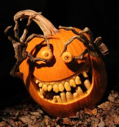 It feels like - every year - people continue to up their pumpkin carving game. If you're looking for some inspiration for your pumpkin carving this year, here are our picks for some of the most creative pumpkin carving ideas. Halloween Fotos, Halloween Tags, Vintage Halloween, Halloween Crafts, Halloween Halloween, Halloween Makeup, Halloween Costumes, Halloween Pumpkin Designs, Scary Halloween Pumpkins