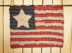Free Tutorial from Jubilee Fabric!   American Flag Ragged Homespun Wall Hanging.  Perfect for Independence Day/4th of July decorations!