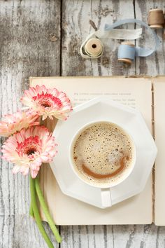 Flowers, ribbon, old books and coffee!