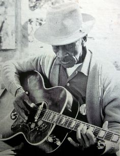 Mance Lipscomb - Blue In The Bottle (1960)