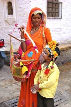 Discover recipes, home ideas, style inspiration and other ideas to try. Rajasthan Inde, Udaipur India, India Architecture, Ancient Architecture, Gente India, Mother India, Indian People, India Culture, Indian Heritage