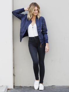 Blue Bomber Jacket new Chic Outfit Ideas Chic Outfits, Fall Outfits, Fashion Outfits, Fashion Ideas, Summer Outfits, Summer Dresses, Looks Style, Casual Looks, Navy Bomber Jacket