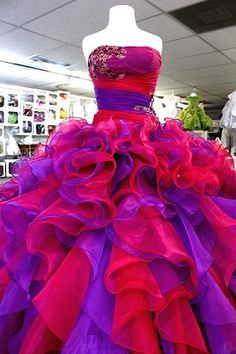 DAISY`S BOUTIQUE | Mi Super Quince  #quinceanera #dress #pink #purple