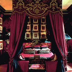 India Inspired Bedroom | an incredible bedroom at Blake's Hotel in London