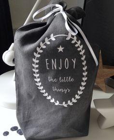 fr_motif_en_thermocollant_blanc_mat_enjoy_the_little_things_