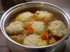 Fluffy Dumplings This is the only way I knew to make dumplings before I came to the south. I still use this recipe and it goes great if your doing a big pot of soup or stew. Beef Stew With Dumplings, Best Dumplings, Homemade Dumplings, Chicken And Dumplings, Making Dumplings, How To Cook Dumplings, Chinese Dumplings, Beef Recipes, Soup Recipes