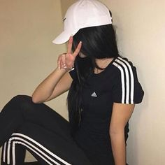 Image about girl in Adidas Style Outfits, Casual Outfits, Cute Outfits, Girl Pictures, Girl Photos, Adidas Tumblr, Mode Kpop, T Shirt Pink, Vetement Fashion