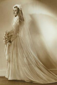 ... antique wedding dresses antique brides silk wedding dresses wedding