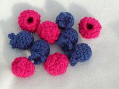 Free Crochet Pattern: Blueberries and Raspberries
