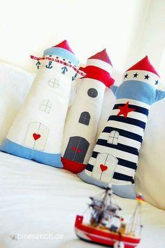 Leuchtturm nähen: Anleitung und Schnittmuster im Shop erhältlich Sewing Toys, Baby Sewing, Sewing Crafts, Deco Marine, Baby Pillows, Accent Pillows, Sewing Pillows, Sewing Projects For Beginners, Sewing For Kids