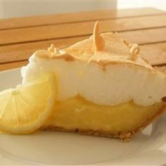 Grandma's Lemon Meringue Pie from Allrecipes; this really is the perfect lemon pie. Grandma's Lemon Meringue Pie Recipe, Lemon Meringue Pie Recipe Martha Stewart, Meringue Food, Pie Recipes, Cooking Recipes, Sweet Recipes, Cooking Fish, Cooking Games, Cooking Classes