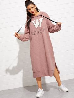 To find out about the Letter Embroidered Split Hem Teddy Hooded Dress at SHEIN, part of our latest Sweatshirts ready to shop online today! Pink Fashion, Fashion Outfits, Fashion Black, Fashion Fashion, Vintage Fashion, Modele Hijab, Hooded Sweatshirts, Hoodies, Natural Clothing