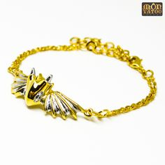 This gold warrior dragon bracelet is handcrafted from gold and rhodium plated over brass. It has an adjustable length of 14 - 19 cm circumference. Dragon Bracelet, Dragon Ring, Dragon Jewelry, Ring Necklace, Stud Earrings, Animal Rings, Silver Dragon, Jewelry Collection