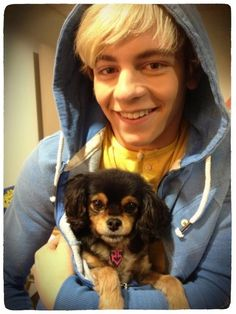 AAAHH! My favorite Ross and Pixie photo.