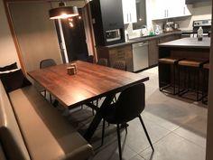 TABLE KAMOURASKA - MERISIER  -  ROUSSE - GRADE B - 80'' X 42'' - CHAISES ADKINS NOIRES - BANQUETTE SUR MESURE    #kamouraska #surmesure #lusine #table #banquette #adkins #rousse #merisier #chaise