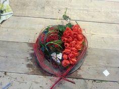 Hartentaart valentijn gemaakt door Marion's Bloemdecoraties