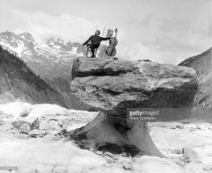 Maurice Baquet Robert Doisneau, Photo Grouping, Great Photographers, You Are Awesome, My Favorite Music, Cello, Photo Manipulation, Belle Photo, Mountains