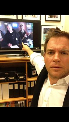 Michael weatherly watching ncis