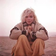 Saddened by the news of George Barris' passing. We are so fortunate to have the precious photographs taken moments before Marilyn's tragic death. May George's wonderful work continue to live on. #MarilynMonroe ❤️