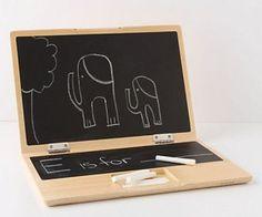 黑板筆記本電腦