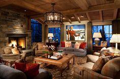 Vacances pour skier dans un chalet de haut de gamme à la décoration rustique