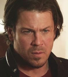 Leverage screen cap from Nema Veze on fb This is #ChristianKane actor, singer, songwriter, stuntman, cook!
