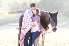Engagement photo shoot - Horse photo shoot - Engagement session - Wings Of Glory Photography - WWW.WingsOfGloryPhotography.com
