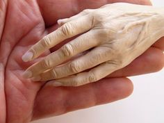 Realistic Hand Sculpting