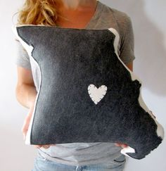 If I ever have to go out of state, which I will in a few years, someone should make this for me(: just reposition the heart... Home sweet home.
