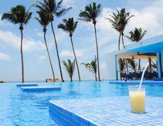 RIU hotel Sri Lanka review - swimming pool tables