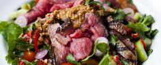 Rundvleessalade met Aziatische dressing en pindasaus - Irishbeef