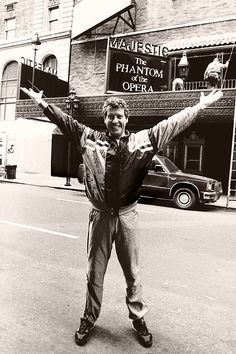 Michael Crawford outside of the Majestic Theater, NYC. 1988