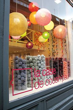 Love the window display! la case de cousin paul (as seen on Store Front Windows, Retail Windows, Display Design, Store Design, Display Ideas, Visual Merchandising, Vitrine Design, Soap Display, Yarn Display