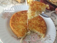 Kaşarlı Patates Rendesi – Cheesy pan hash potato – Pratik yemekler – Las recetas más prácticas y fáciles Yummy Recipes, Fruit Recipes, Cooking Recipes, Yummy Food, Potato Recipes, Diet Recipes, Breakfast Pizza Healthy, Healthy Snacks, Breakfast Recipes