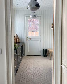Mudroom with chevron tile Custom Home Builders, Custom Homes, Built In Lockers, Chevron Tile, Soapstone Countertops, Open Plan Kitchen Dining, Studio Kitchen, Studio Mcgee, Beautiful Wall
