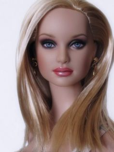 About Kit: Kit #repaint by Jenise Mah of the doll salon #dollchat ^kv