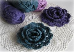 DIY Tutorial: DIY Crochet Flowers / : Rolled Rose - Crocheted Flower - Bead