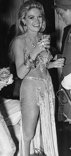 dyan cannon grant.What a gorgoeus woman with a smile that rocks!