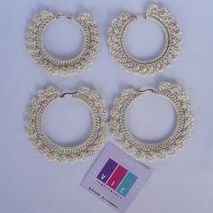 Aros blanco perla 🌸 Feliz fin de semana!! 🎉🎉 pidelos ⬇️⬇️ @viccomplements . . . . . . . . #accesorios #hechoamano #hadmade #crochet… Crochet Earrings, Jewelry, Instagram, Stud Earrings, Hand Made, Tejidos, Jewlery, Jewerly, Schmuck